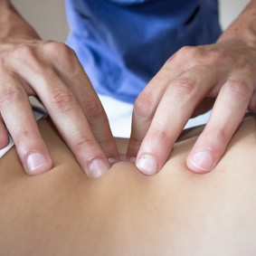 osteopathy treatment for a woman